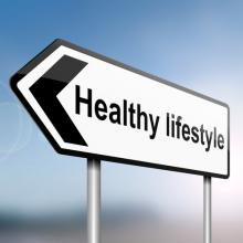 "arrow pointing left reading ""healthy lifestyle"""